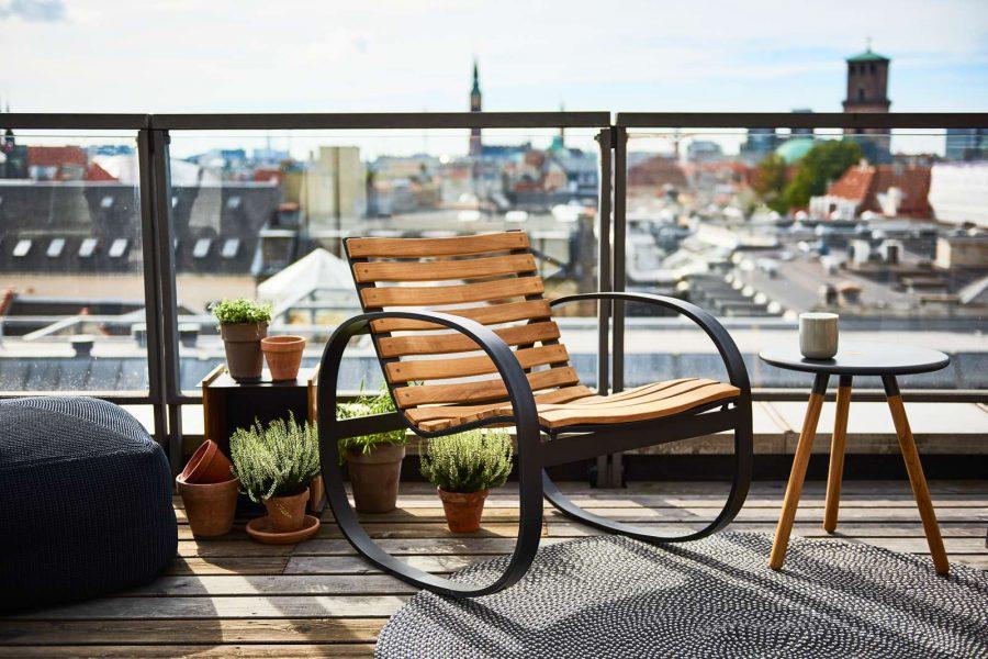 Люлеещ стол PARC от тикова дървесина от navun.bg