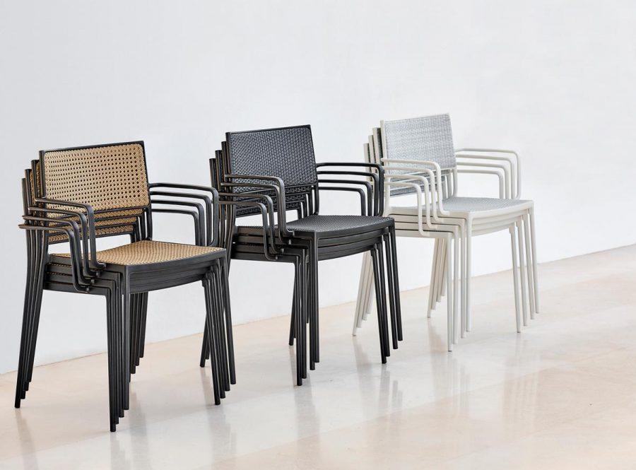 Градински пейки, столове, табуретки и пуфове от navun.ng