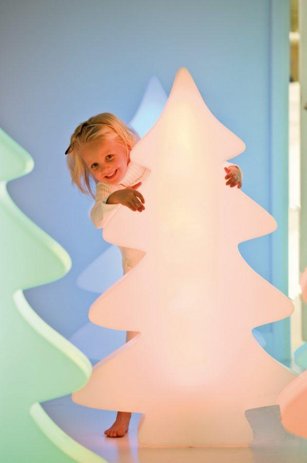 Светеща елха | Коледна украса от navun.bg