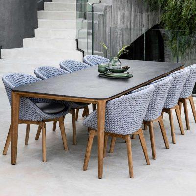 Дизайнерска градинска маса от тиково дърво и керамичен плот Aspect от navun.bg