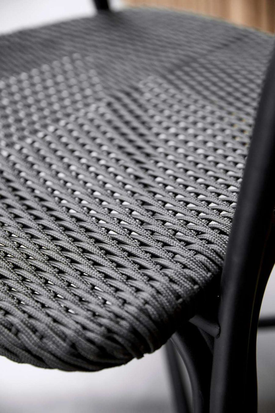 Градински стол Noble от navun.bg